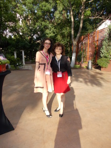 Blogoltenii astia sunt peste tot :) cu Mirela Coman